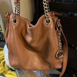Handbags - Assorted bags